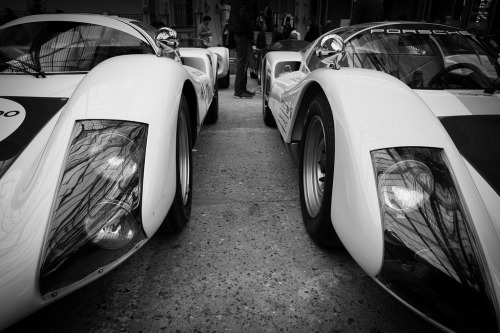 photofinish:  Porsche 910 (by Guillaume Tassart)