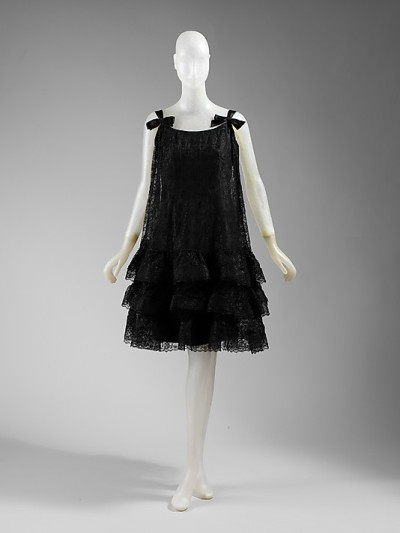 omgthatdress:  Evening Dress Cristobal Balenciaga, 1966-1965 The Metropolitan Museum of Art