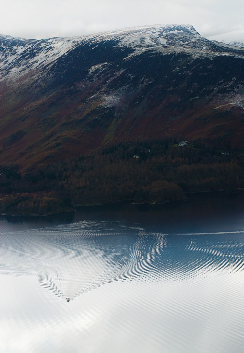 setbabiesonfire:  hjott:  Matthew Cattell  Those ripples are lookin' a little trippy today.