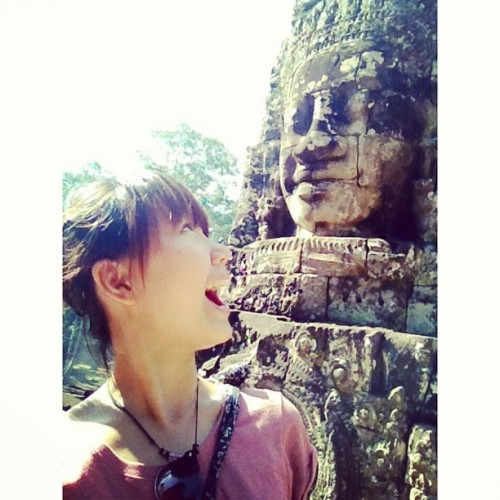 Heh there!!!! Hahaha I amuse myself. (at Bayon Temple)