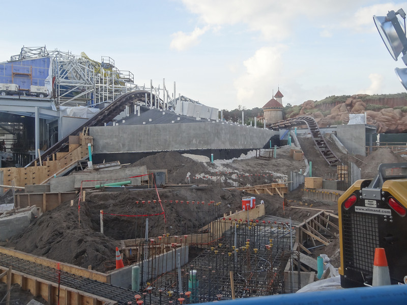 doingitdisneystyle:  ramosjorgea92:   Seven Dwarves Mine Train - Update  Look at all that track, you can almost touch it!  OH….my…..GAWD.