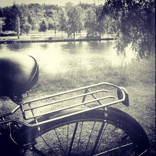 Me and #brittany on the canal. #vintage #bicycle #freakmont