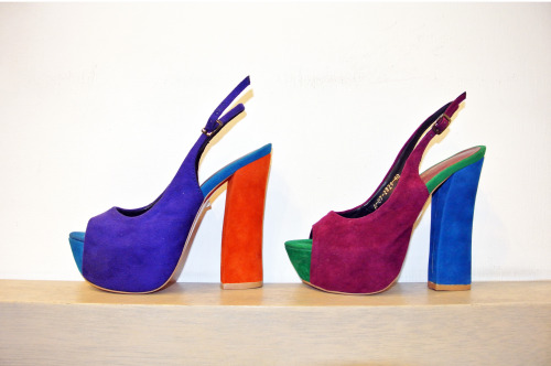 SHOES OF THE DAY The color blocking suede chunky heeled sling backs by Janylin Shoes could be the most comfortable high heels that you'll have in your closet! Be fun and colorful this summer your own Janylin chunky heels! Available in all Janylin branches nationwide! Happy Shopping!