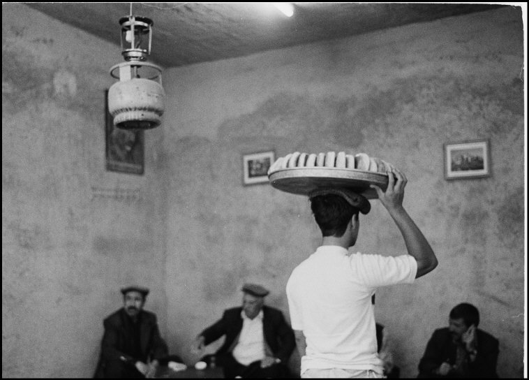 In a local Kurdish cafe, southeast Turkey, 2004. [Credit : Nikos Economopoulos]