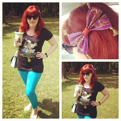 disneyprincesshb:  Representing Aladdin today! I love my Magic Carpet bow! #aladdin #disney