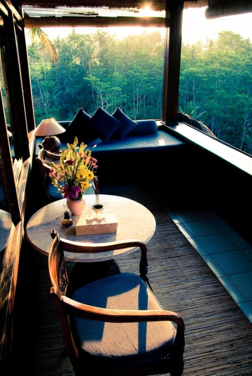 myidealhome:  sun porch (via pinterest)