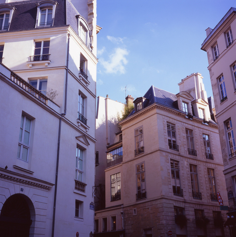 crystalshades:  parisien-jardin:  wow, I wanna live there  so serene
