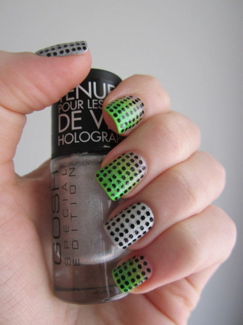 reneesnails:  Hand-laid glitter.  More original nail art.
