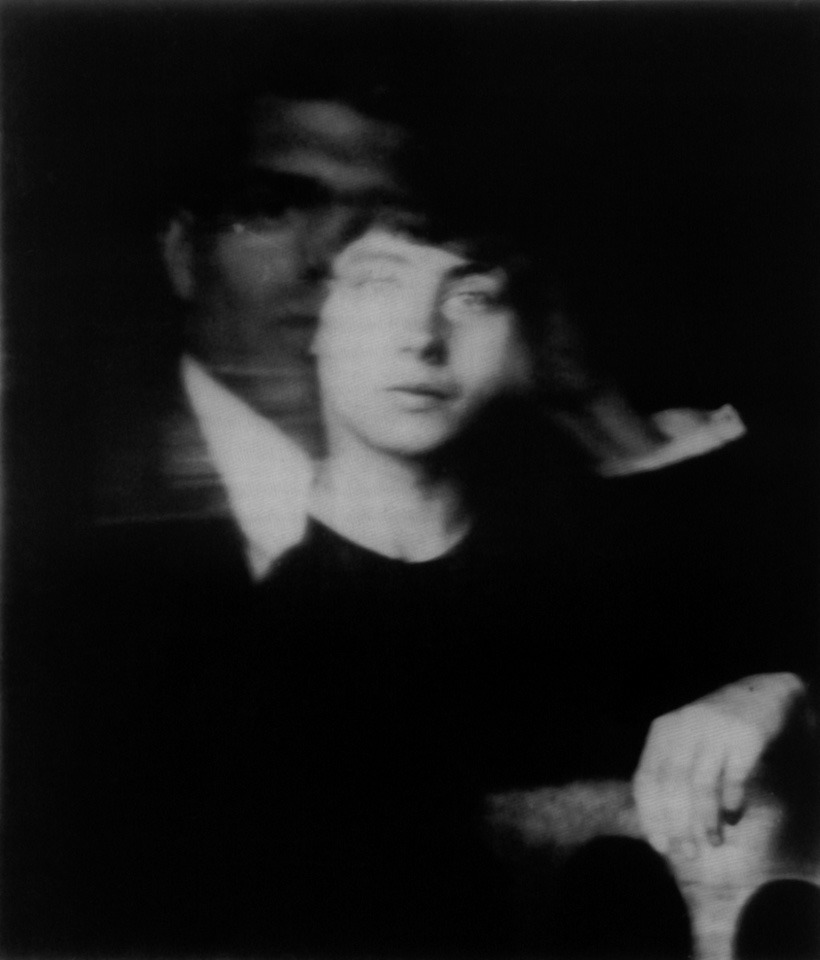 chagalov:  Hannah Höch, Self-Portrait with Raoul Hausmann, ca 1919 [+](mention: Berlinische Galerie, Landesmuseum für moderne Kunst, Photographie und Architecture) from :  Ruth Hemus, Dada's Women (Yale University Press - New Haven & London, 2009)