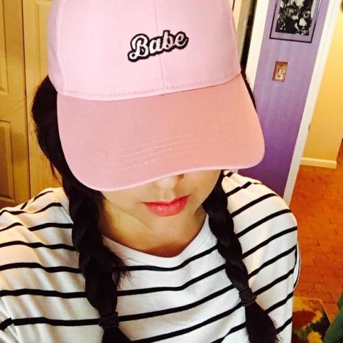 예�다 핑� fashion 엘프요정 페리페�잉���어리벨벳 �피 pink lol �샘 me 패션 분�색 selca selfie spring hat 사진 ihadtoo �카 forever21 틴트�오�