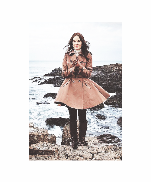 → [4/7] photos of Michelle Dockery.