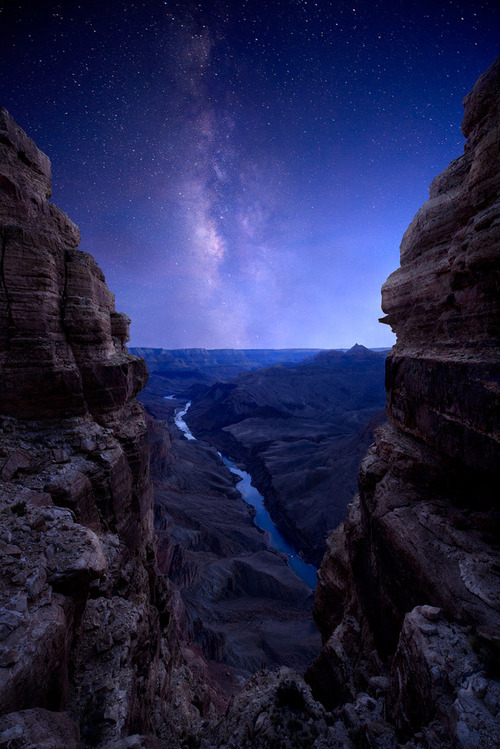 the-absolute-best-photography:  As Darkness Falls by Colin H. Sillerud You have to follow this blog, it's really awesome!