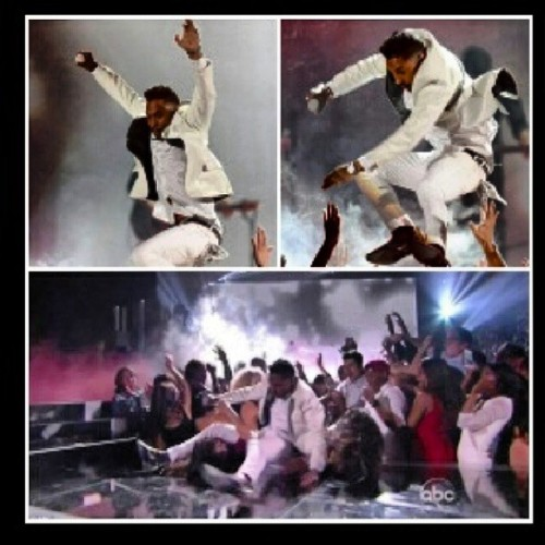 Ladies listen up u go on a date wit miguel and u dont give it up the first night this how he giving it up straight leg drop and neck braces lmaooo #MiguelLegDrop