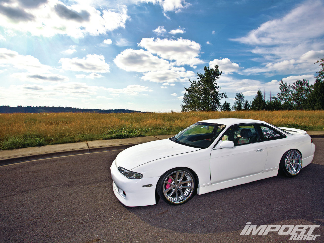 lancelash:  officialpresidentkony2013:  engine-lock:  Import Tuner Car Feature: 1995 Nissan 240SX  those seats are so fucking rad  I need that seat and interior pattern!