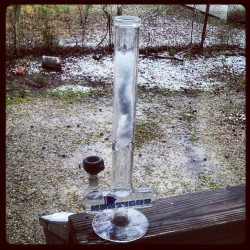 It's about that time, snow filled Nautilus!..  #Snow #Bong #Marijuana #Blueberry #Wake #N #Bake