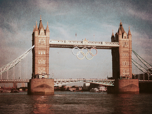 Photography (2012) London IV // The Summer 2012 Olympics @ London Bridge :: London, England :: August 2012. Visually executed by J. Beckford. Click here to view more of London IV // The Summer. JBeckford.com + Photos.JBeckford.com Photo Source: JBeckford.com + Flickr.com