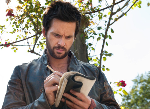 "tomriley:  Don't forget Da Vinci's Demons The Tower is on Starz at 9pm. Episode 4 The Magician is on FOX TV UK at 10pm.  ""sets are ravishingly lavish & the dialogue delivered with unabashed fruitiness…"" Tonight's TV highlights via The Guardian  (via Da Vinci's Demons: Tom catches the eye of LA Daily News 