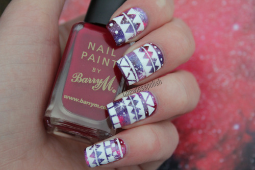 fuckyeahnailart:  (via NOTD – Tribal Galaxy tutorial (HAPPY NEW YEAR!) | Coewless nail polish blog) CLICK THROUGH FOR A VIDEO TUTORIAL!