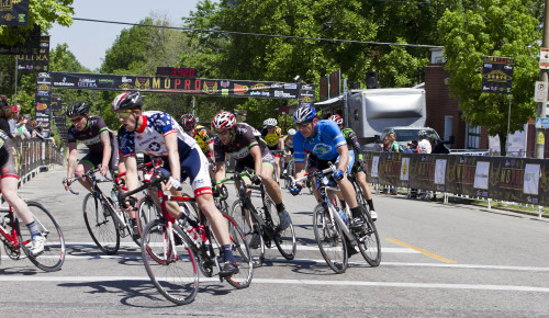 yhpargotohphotography:  Cat 4/5 @ Dutchtown Classic in St. Louis, MO on 5/12/2013