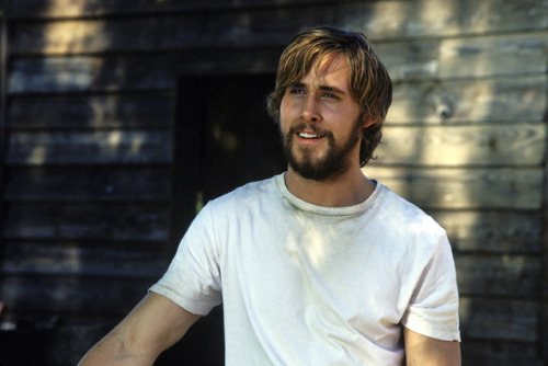 bellesandbeauxsandkanye:  the only thing hotter than ryan gosling? bearded ryan gosling.