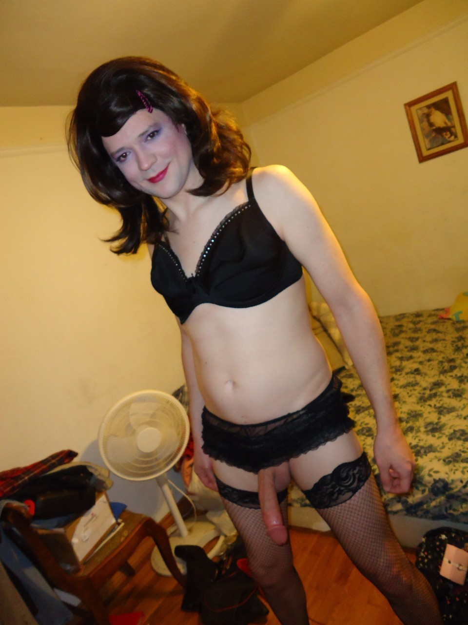 crossdressing-habit:  other crossdressing photos: http://bit.ly/13lEKI5 Did you know these celebrities are gay: http://bit.ly/14znno8