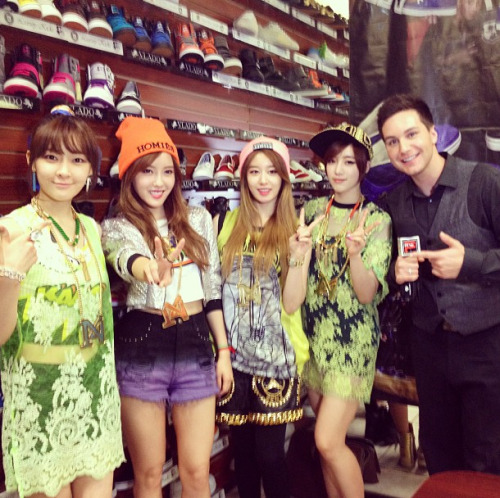 With the lovely ladies of T-ARA N4 after our @pacificrimvideo interview! They were so sweet & taught me how to do the dance from their new single & told me about an American single w/ Chris Brown! :) - Chris Trondsen