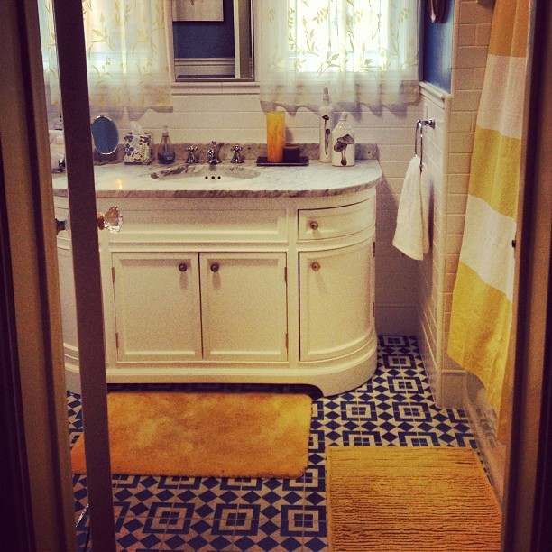 thisfeliciaday:  Finally finished the bathroom redo! How awesome did my crazy tiles turn out?!?