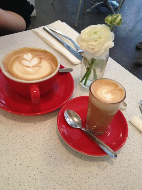 Flat White and Cortado at Caravelle Barcelona
