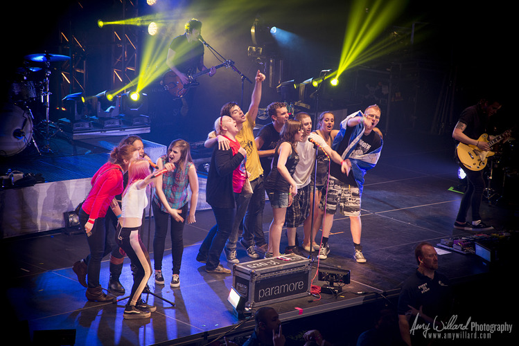 fueledbyramen:  Check out some photos of Paramore performing at the Hammerstein Ballroom in NYC last week! photos by Amy Willard