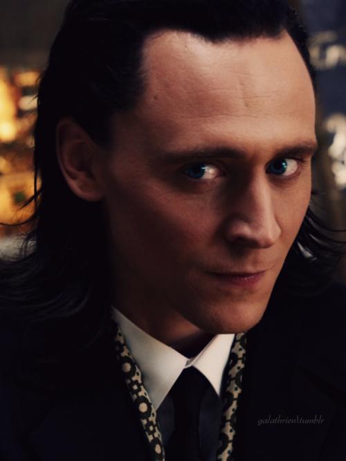 Kedvenc képeink Lokiról Tumblr_mscnllS6zz1rxj7yno1_500