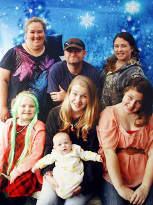 vajiggle:  Happy Holidays from the Honey Boo Boo Family. Rock that green hurrrr.