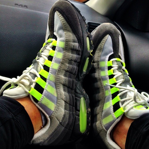 #WDYWT OG 99 Air Max 95 Neon Yellow #airmax #ckicksinkicks #kicks #nike #95s #fresh #sneakerholics #nicekicks #sneakerhead