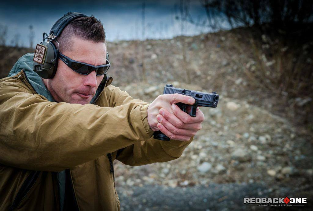 victran:  Jason Falla rocking his SAI Glock 17