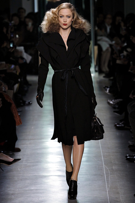 allthedresses:  Bottega Veneta Fall 2013 RTW Model: Raquel Zimmermann