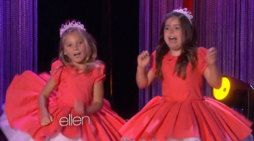 SOPHIA GRACE & ROSIE PERFORM THEIR VERSION OF 'THRIFT SHOP' @THEELLENSHOWby Blaire Bercy http://bit.ly/YncpAo