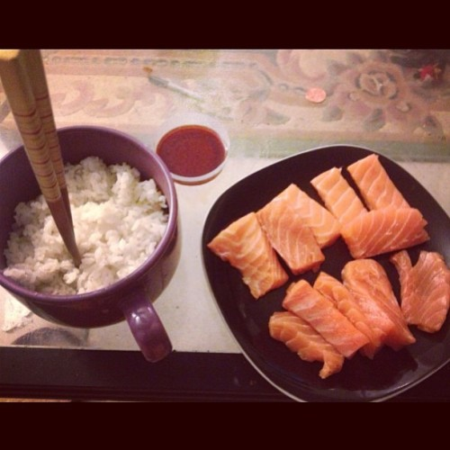 soursouls:  #salmon #sashimi fix