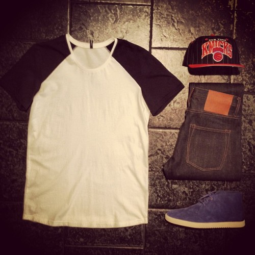 "BleeckerSt.com Mens Outfit of the Day ""Playoffs""  Raglan Tee Blue: http://www.bleeckerst.com/collections/mens-tee-shirts Clae Strayhorn Midnight Suede: http://www.bleeckerst.com/collections/kicks Knicks Pinstripe Cap: http://www.bleeckerst.com/collections/mens-hats-and-eyewear/products/knickspinstripecap Straight Leg Selvage Jeans: http://www.bleeckerst.com/collections/mens-jeans-and-pants"