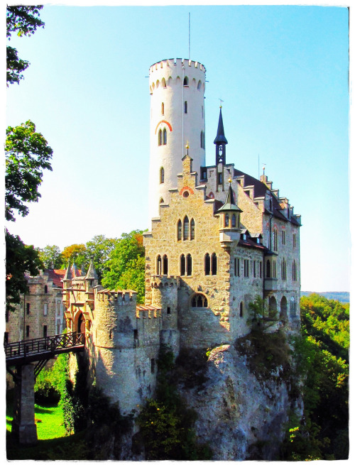 allthingseurope:  Burg Lichtenstein, Germany (by eagle1effi)