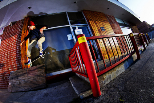 lui elliott / ollie wallride on Flickr.