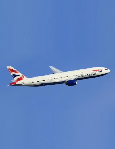 #boeing, #777, #turn, #take, #off, #runway, #airport, #plane, #aircraft, #aviation, #amazing, #blue, #sky, #cockpit, #pilot, #climb, #rotate, #v1, #v2, #positive_climb, #approach, #o