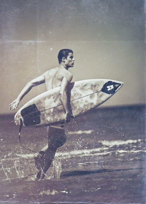 nickelsonwooster:  Surf.