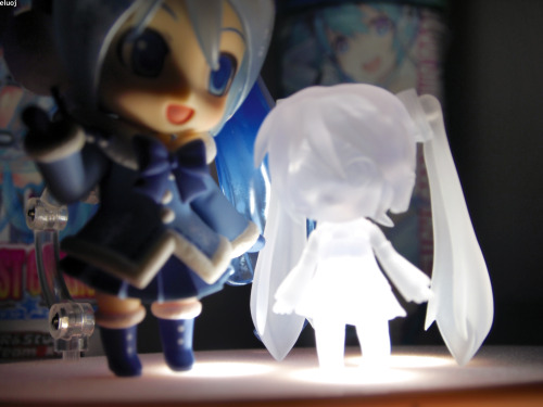 Nendoroid Snow Miku 2012 with Good Smile Racing Miku sports drink.