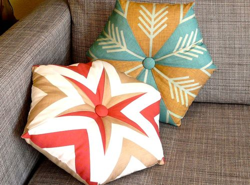 Gorgeous Kaleidoscope Cushions The theme for February on Spoonflower is Fat Quarters These cushions were made by a Spoonflower Customer using 2 fat quarters. Here is the link to the tutorial and the blog for other Fat Quarter Projects
