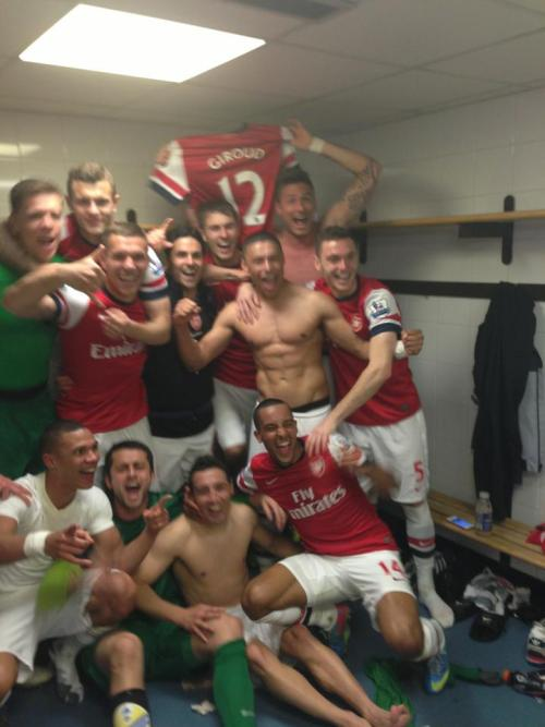 fypolishteam:  LOVE IT <3 But… Giroud, wtf? :D
