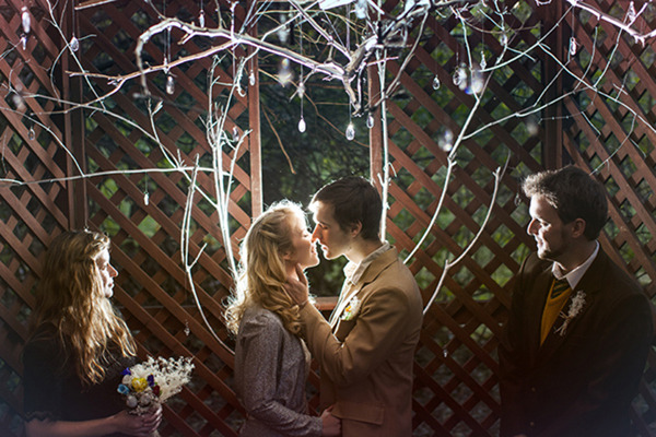 heyweddinglady:  This Stardust styled shoot is nothing short of magical! The details capture the enchantment of the book perfectly but my favorite part by far is the wonderful camera trick that turned the bride into a luminous star herself! - via Fab You Bliss