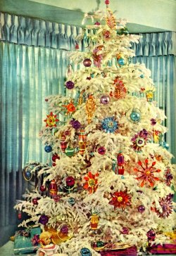 penorus:  1960s Christmas Tree