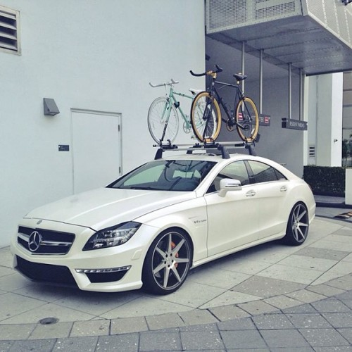 Our homies at @vossen sent over this picture. Ballin outta control with the Vice and Midas in Miami! #statebicycleco