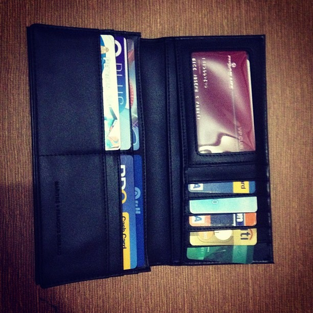 New wallet! Hahah adik sa cards hahahha