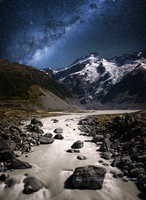 llbwwb:  Hooker valley by Bryon Prukston