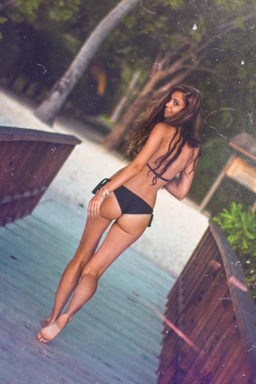 hottest-asses:Kaafu Atoll | © | HCSo hot